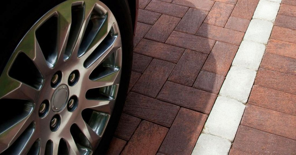 <p>A high performance, customizable, engineered permeable pavement.</p>